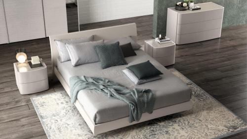 מיטה גדולה לחדר שינה