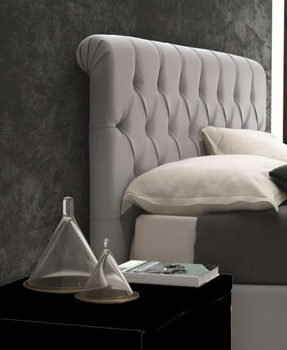 מיטה יוקרתית לחדר שינה